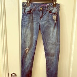 VIGOSS JEANS WITH SILVER ACCENT